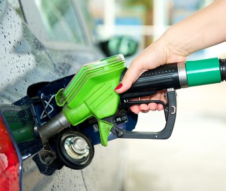 Quais os benefícios do uso da gasolina aditivada em relação à comum?